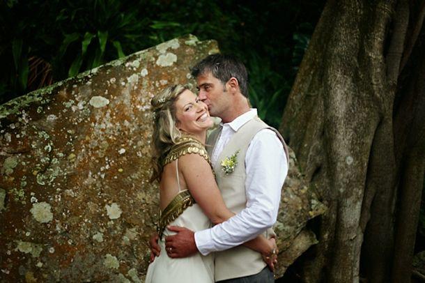 A&R008-southboundbride-umtamvuna-boho-literary-themed-wedding-andrea-carlyle