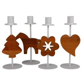 Metal candlestick with a wooden decor that is characteristic to scandinavian design.