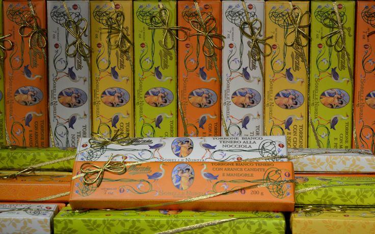 Underbar mjuk torronenougat från Sorelle Nurzia: http://beriksson.net/vara-varumarken/sorelle-nurzia