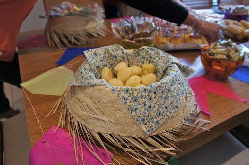 Decoração festa junina - chapéu de palha no lugar de bandejas