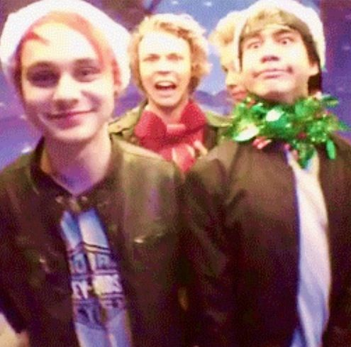 If you don't love this, then you don't love 5sos. Period.