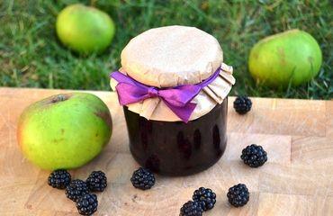 Ostružinový džem s jablky