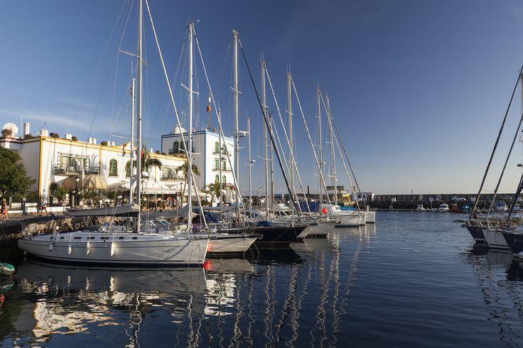 Een van de routes komt langs Gran Canaria, waar u o.a. de 'Puerto de Mogán' treft.