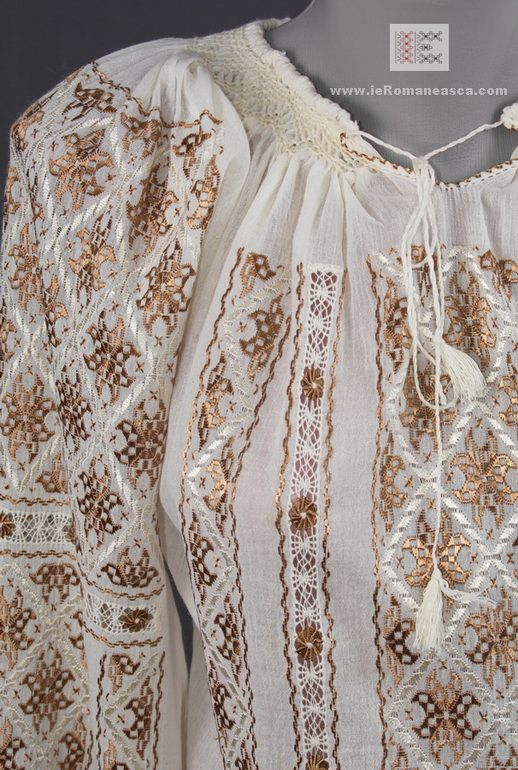 handmade embroidery - hand crafted Romanian blouse - bohemian top - boho chick fashion vyshyvanka ie romaneasca Romania folk costume folk atrt
