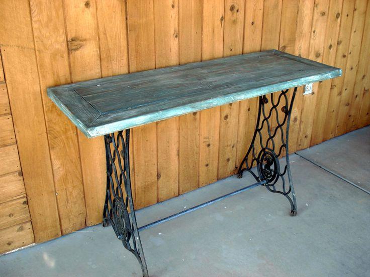 les 238 meilleures images du tableau recycling an old sewing machine sur pinterest coudre. Black Bedroom Furniture Sets. Home Design Ideas