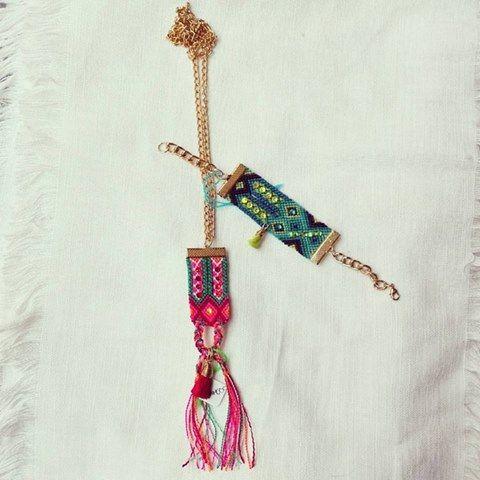 Collar y pulsera tejidas a mano por comunidad chapaneca con chapa de oro Hand-woven necklace and bracelet made  by a Chiapas community with gold plated