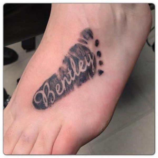 i want all of my kids feet/names going up my thigh. this is perfect