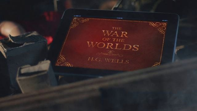 """Promo / Commercial for Smashing Ideas' """"War Of The Worlds"""" for iPad.  Direction, shooting and post by yours truly."""