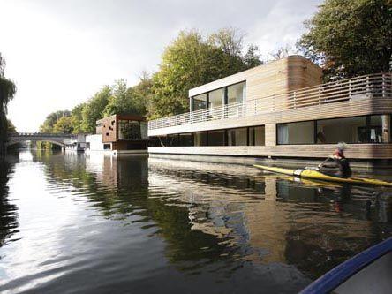 Architekten Rost Niderehe: Schwimmende Architektur
