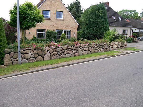 Die 25+ Besten Ideen Zu Natursteinmauer Auf Pinterest ... Mauerwerk Als Sichtschutz Haus Design Idee