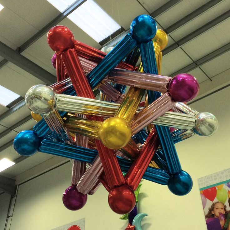 136 best metallic balloon designs images on pinterest for Balloon arrangement ideas
