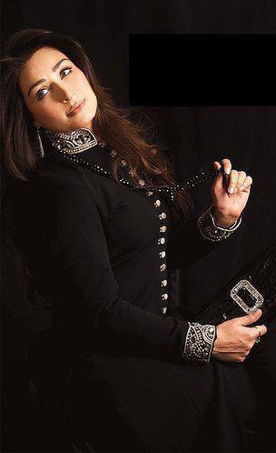 Reema khan in black shalwar kameez...