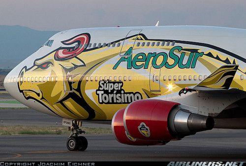 AeroSur Boeing 747-443, Spain