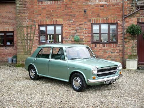 1972 Austin 1300.These were like the #Luxury version of the mini - with softer suspension (that would fail too regularly though ;-)