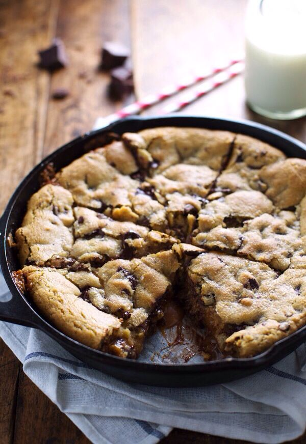 deep dish chocolate chip cookie with caramel