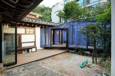 © Hwang hyochel Architects: JYA-RCHITECTS Location: Buam-dong, Jongno-gu, Seoul, South Korea Construction: Team of Ra kwonsu Area: 92.0 sqm Year:.