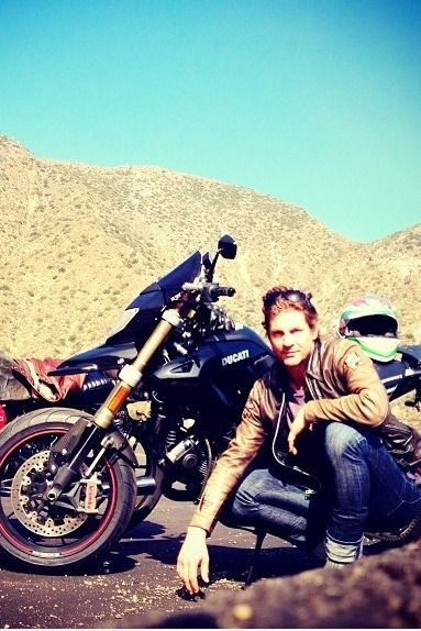 Gale Harold---sexy man, but I <3 the Ducati.
