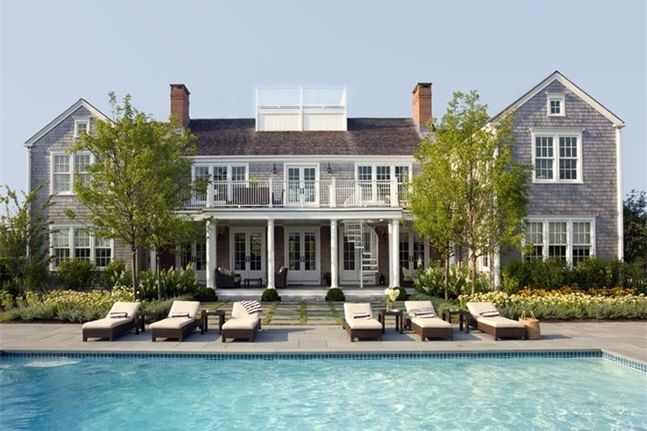 BUNGALUX The Perfect Beach House NANTUCKET, Massachusetts   http://www.bungalux.com/listings/perfect-beach-house