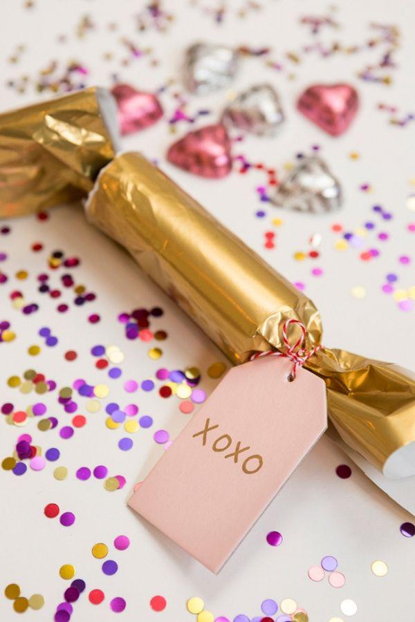 DIY Valentine's Party Poppers   Gillian Ellis Photography on @acoastalbride via @aislesociety
