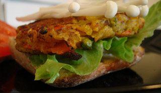Végéburger cari et champignons Enoki