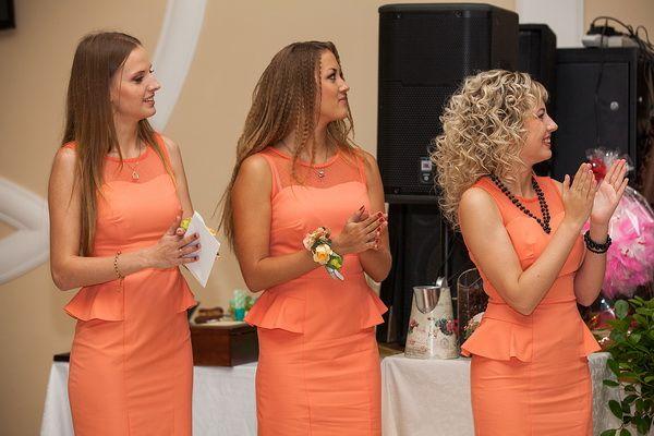 подружки невесты в оранжевом #bridesmaid #wedding