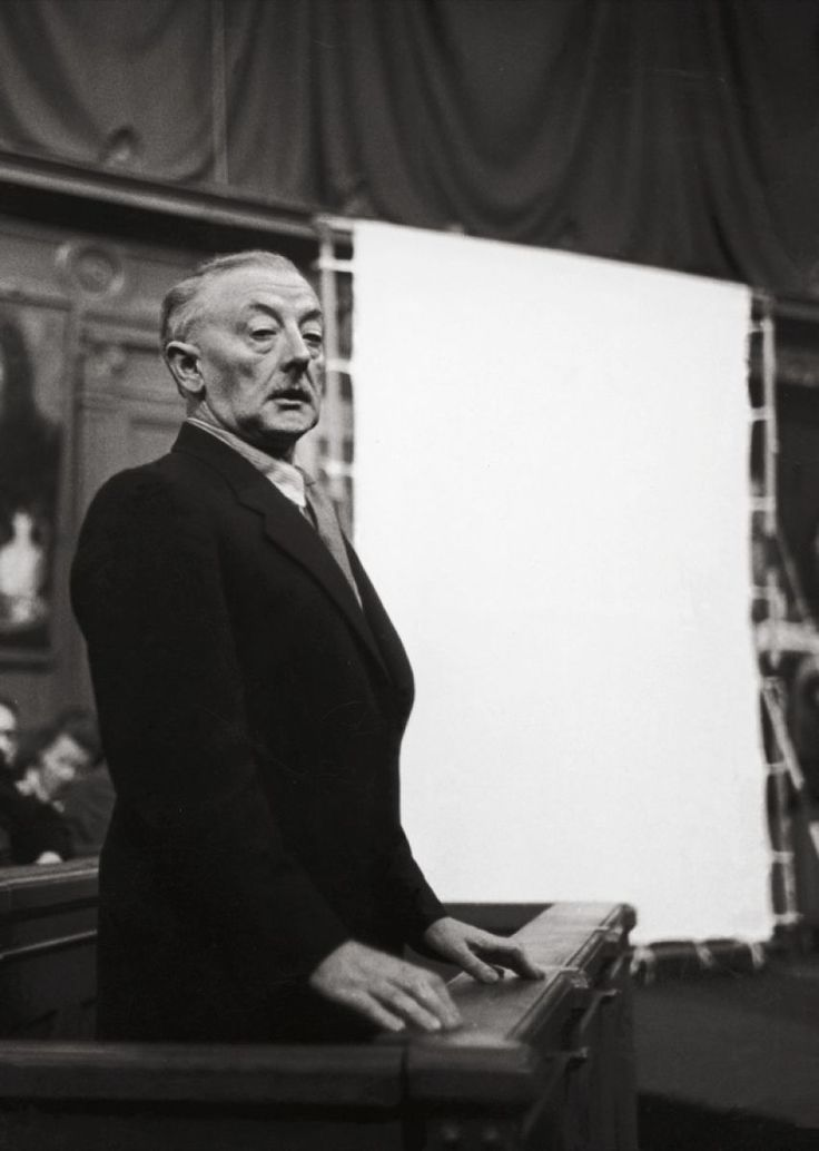 Han van Meegeren on trial, in 1947 // The art hoaxer who painted Vermeer's as exact copies