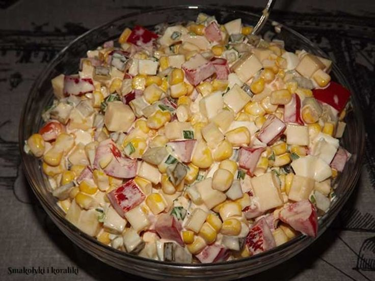 http://kobieceinspiracje.pl/18031,kolorowa-salatka.html