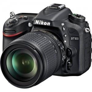 Nikon D 7100 + 18-105 mm f/3.5-5.6 G ED VR DX