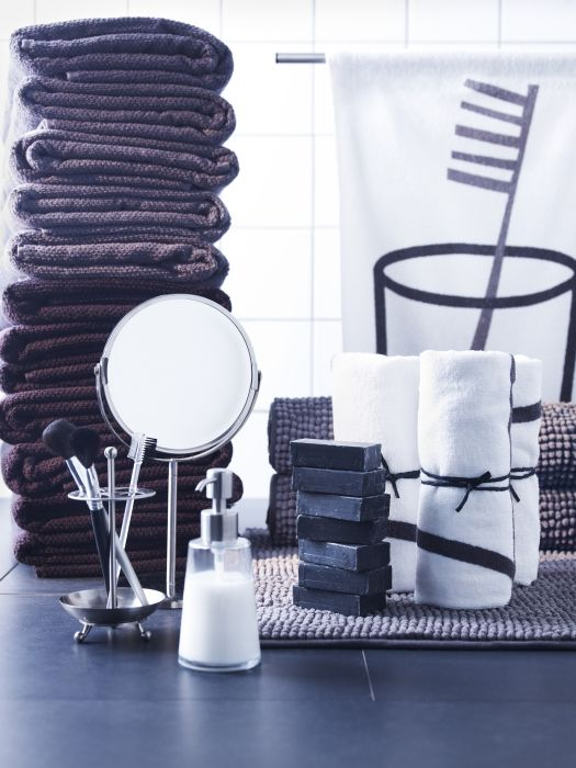 Organize everything in your bathroom with bath accessories that will fit your personal style and your mood.