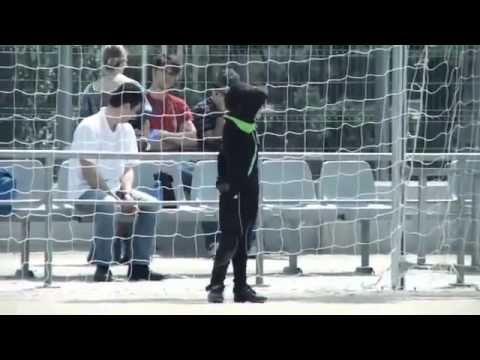 interesante documental sobre un equipo de futbol muy particular
