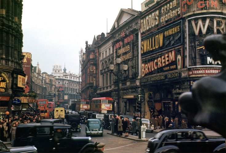 Picadilly Circus, London, 1949: Piccadilly Circus, London, 1949, Vintage, Places, 1940, Photography
