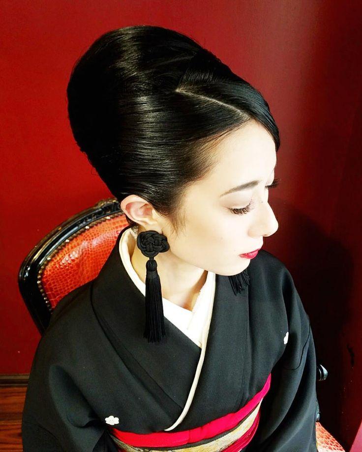 ビューティー💯💯💯💯💯💯💯💮💮 @lys_noir 本当に美しくて美しくて 髪の毛セットさせてもらえるのが至福の時間で色々満たされます~😳❤❤❤ #ジャパニーズビューティー #japanesebeauty #和服 #和服美人 #美人 #beautyful #夜会巻き #夜会 #和装ヘアアレンジ #hairmakeup #hairstyling #hair #hairstyle #hairstyling #アップヘア #classichair #セット #ヘアメイク #ヘアセット #ヘア #ヘアアレンジ #ヘアスタイル #着物 #着物ヘア #和髪 #和風 #髪型 #アレンジヘア #ヘアースタイル #アップスタイル #屋宜美奈子美容室