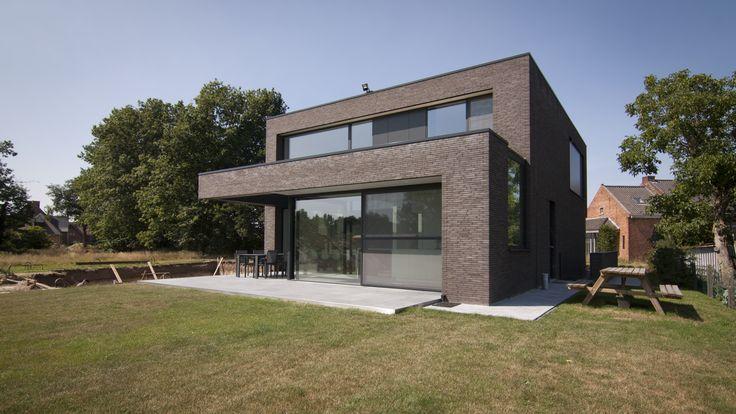 25 beste idee n over moderne hedendaagse woningen op for Hedendaagse architecten