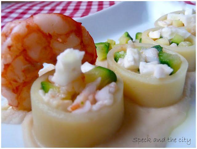 Calamarata ripiena di bufala, gamberi e zucchine su crema di fagioli di controne