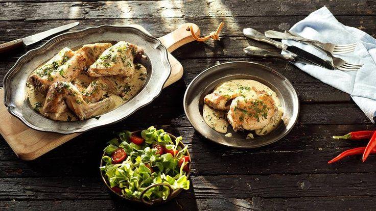 Przepis na delikatnego królika w śmietanowo-musztardowym sosie z białego wina – zajrzyj do Kuchni Lidla i wypróbuj koniecznie!
