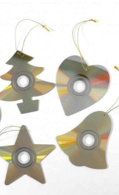 8 adornos de Navidad que puedes hacer con cosas recicladas - IMujer                                                                                                                                                                                 Más