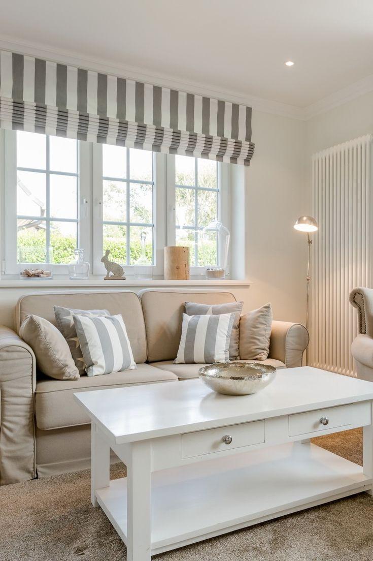 die besten 25 landhaus wohnzimmer ideen auf pinterest einrichtungsideen wohnzimmer landhaus. Black Bedroom Furniture Sets. Home Design Ideas