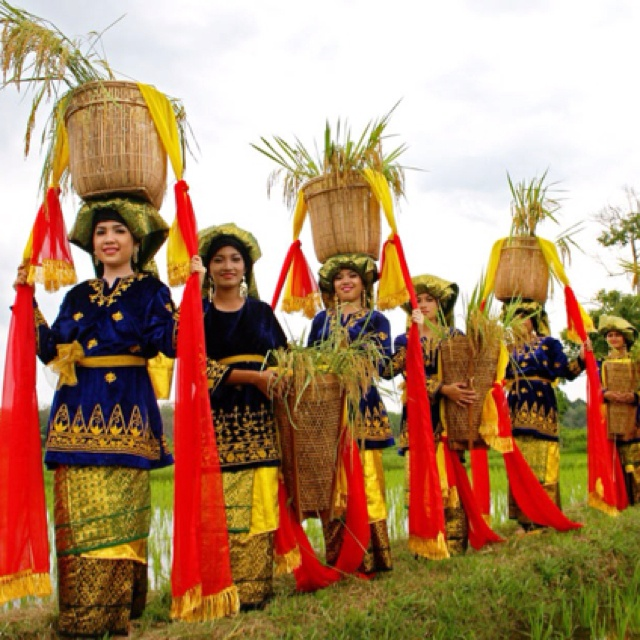 A dance from Jambi