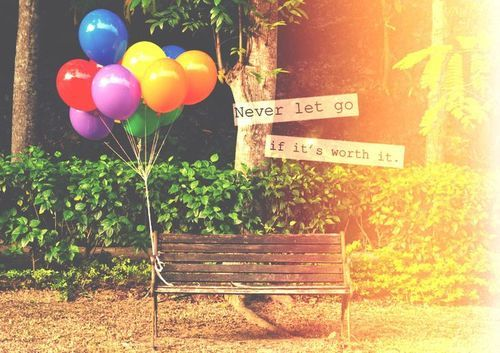 balloons, quote, and never imageの画像