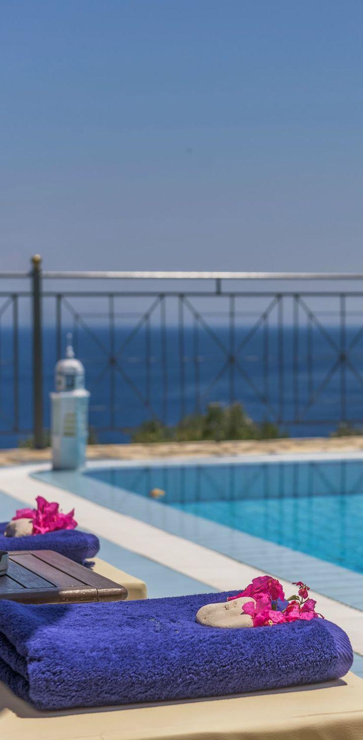 #Pool time at 3merald #Villas http://www.emerald-villas.gr