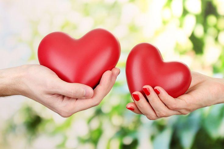 Крупным планом День святого Валентина Сердце Руки