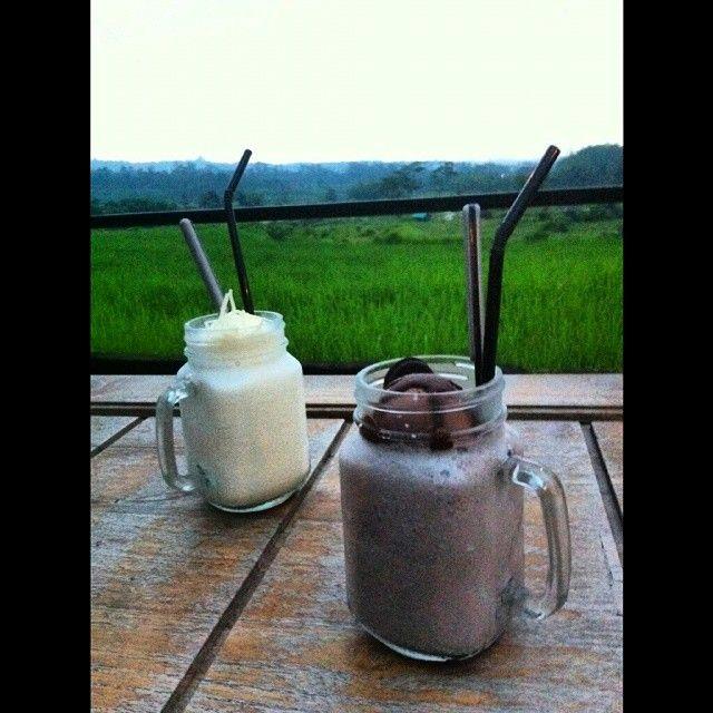 Vanilla cheese and milk shake chocolate!