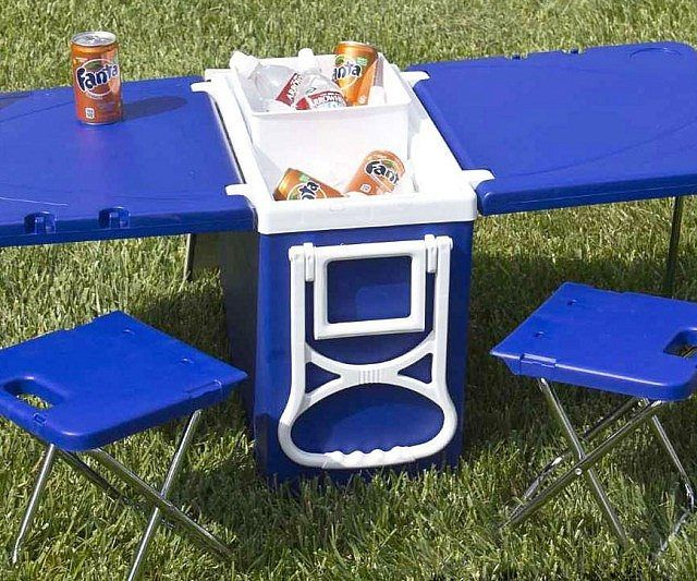 Rolling Picnic Table Cooler - https://tiwib.co/rolling-picnic-table-cooler/ #Camping+Outdoors #gifts #giftideas #2017giftideas #xmas