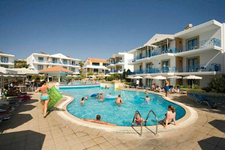 Pefki Islands resort pool