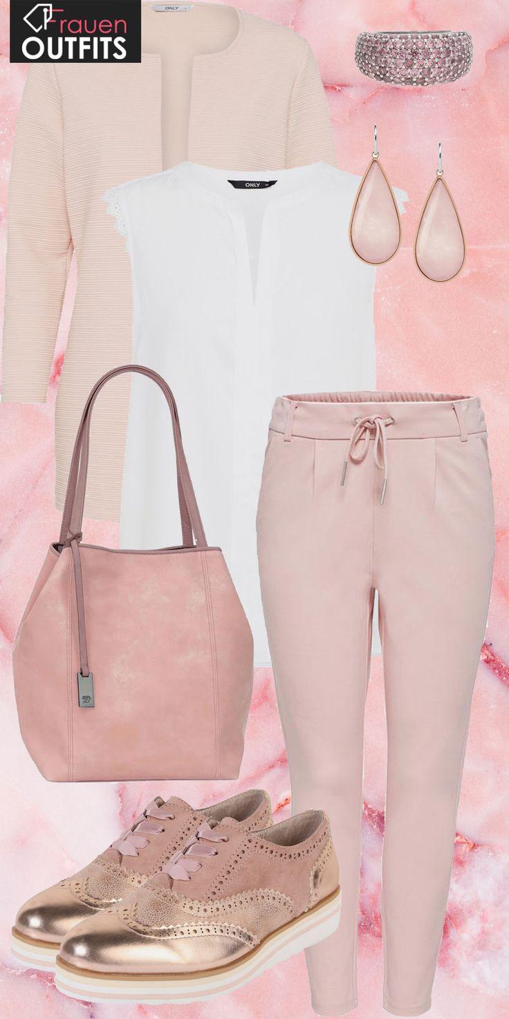 Schicker Frühlingslook aus rosa Hose, weißer Bluse und schicken Loafern… #mode #damenmode #frauenmode #outfit #damenoutfit #frauenoutfit #outfittrend #trend2018 #modetrend2018 #fashion #fashionista #kleidung #frauen #damen #frühling #sommer