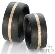 Geel gouden trouwringen met carbon en 7 briljant geslepen diamanten 10mm breed