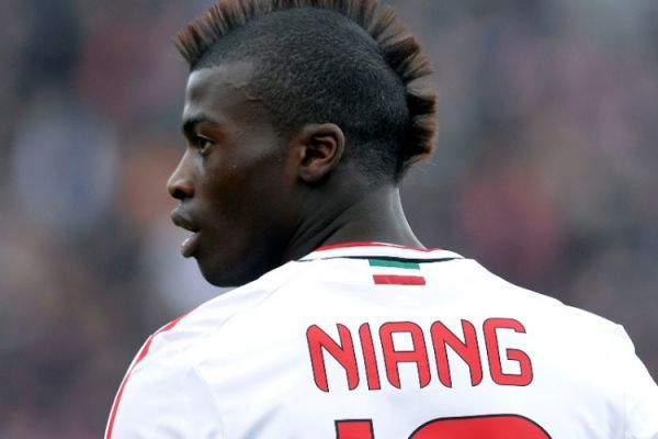 Butuh Dana Segar, AC Milan Bakal 'Cairkan' M'Baye Niang