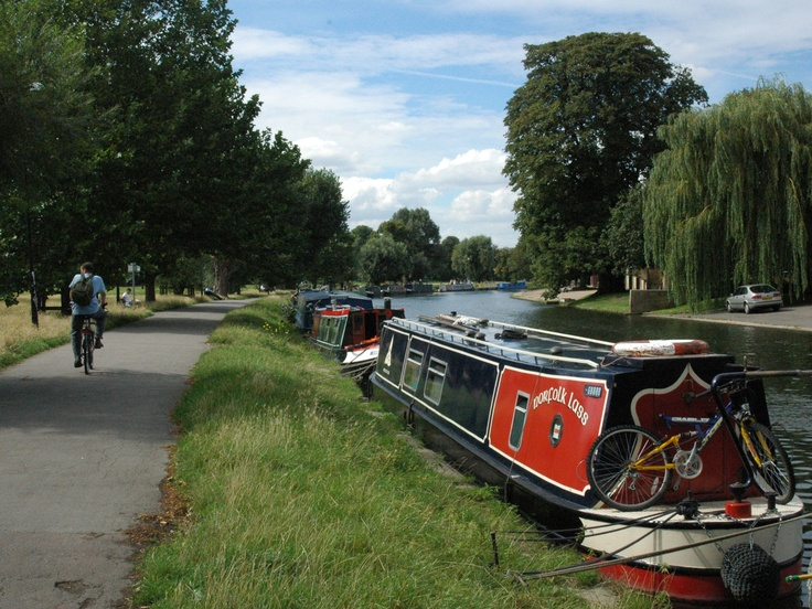Narrow Boat on the River Cam