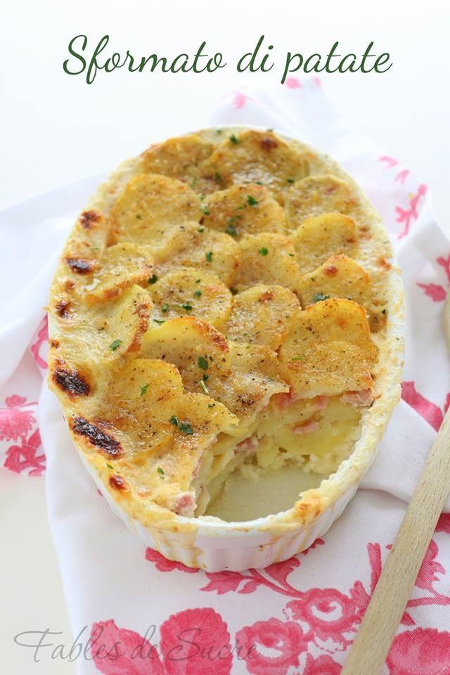 Sformato di patate al forno, una vera delizia. Con prosciutto e formaggio semplicissimo da realizzare, per un piacevole pasto caldo e pieno di gusto.