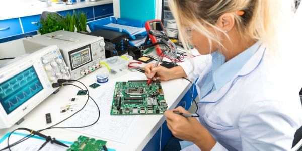 What does an electrical engineer do? (With images) | Electrical ...